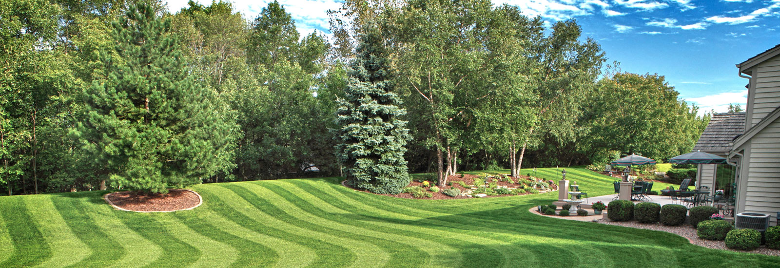 lawn maintenance fertilization bucks