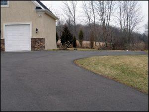 landscaping design low maintenance